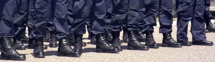 Policia-uniformes