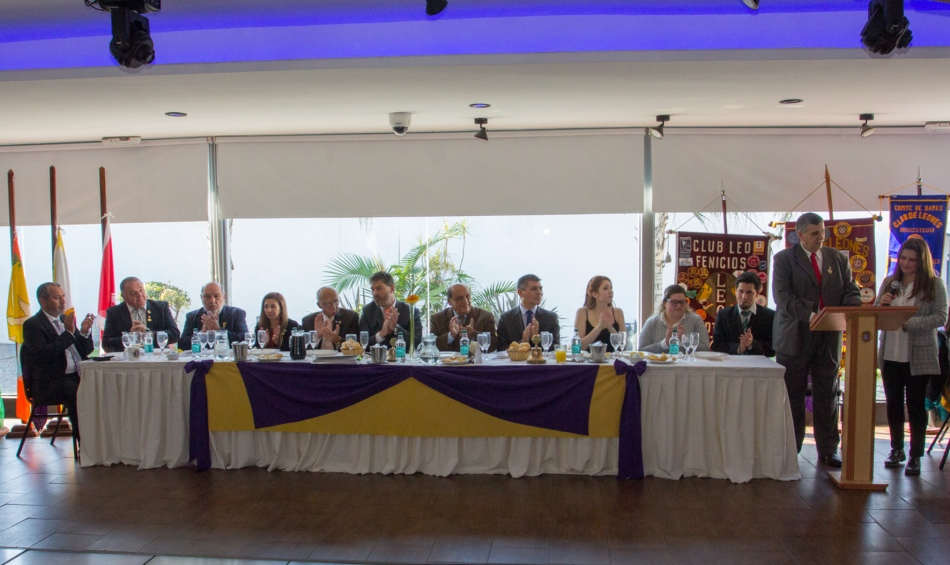 NUEVAS AUTORIDADES EN EL CLUB DE LEONES DE BERAZATEGUI (2)