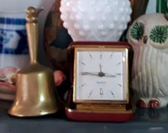 campanita bronce
